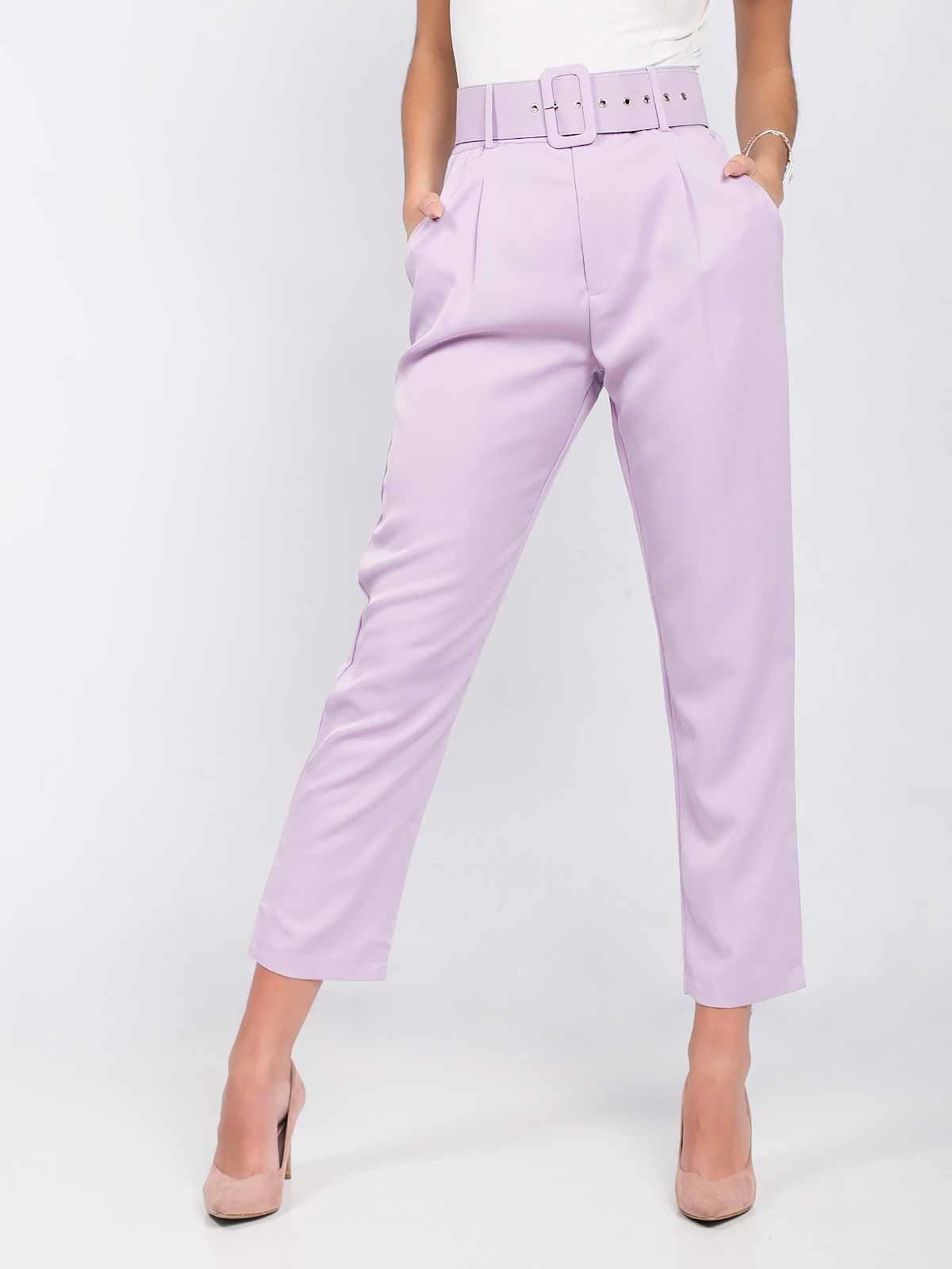 Calças de cintura alta com cinto