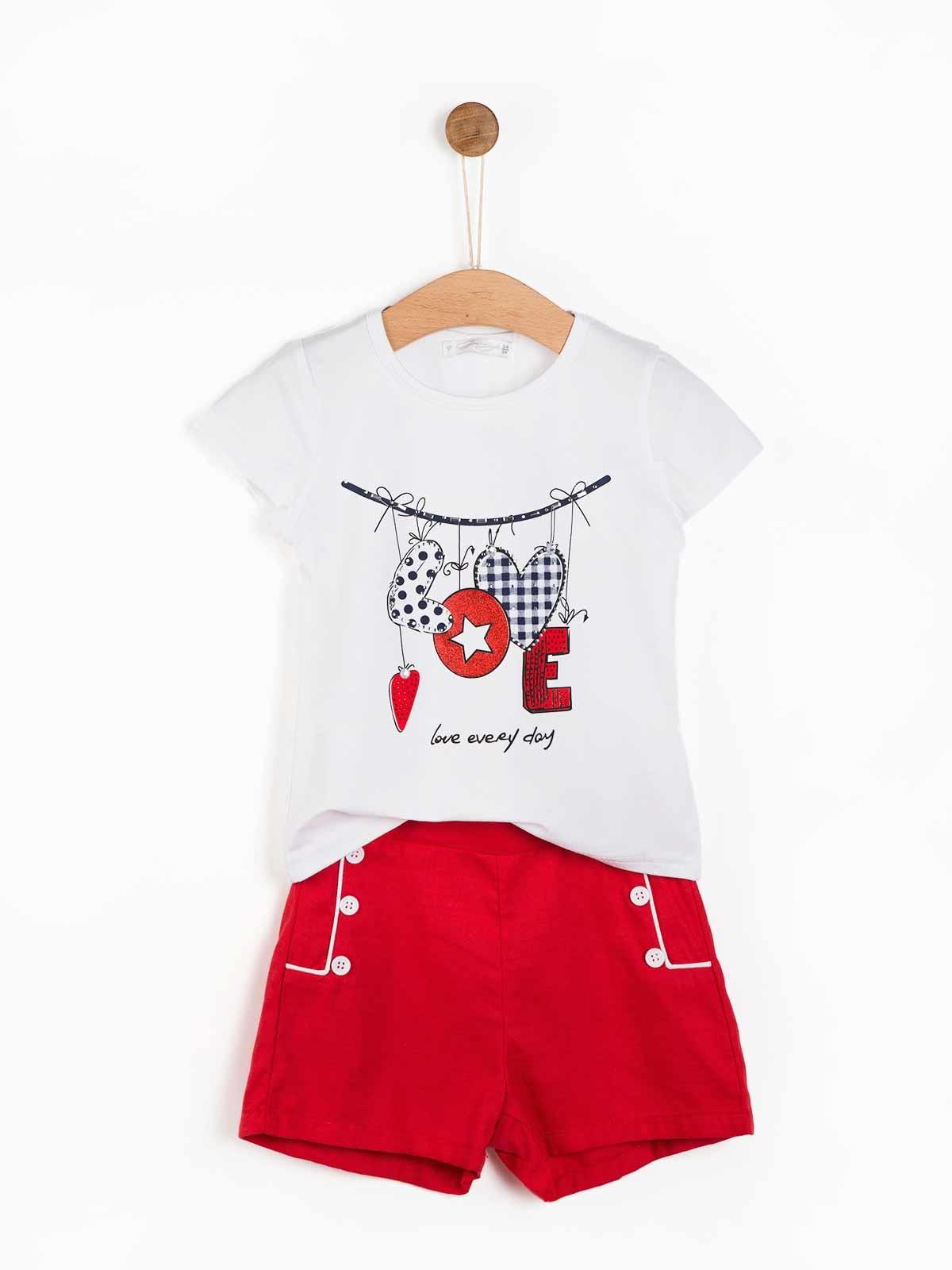 Conjunto menina t-shirt e calções Love