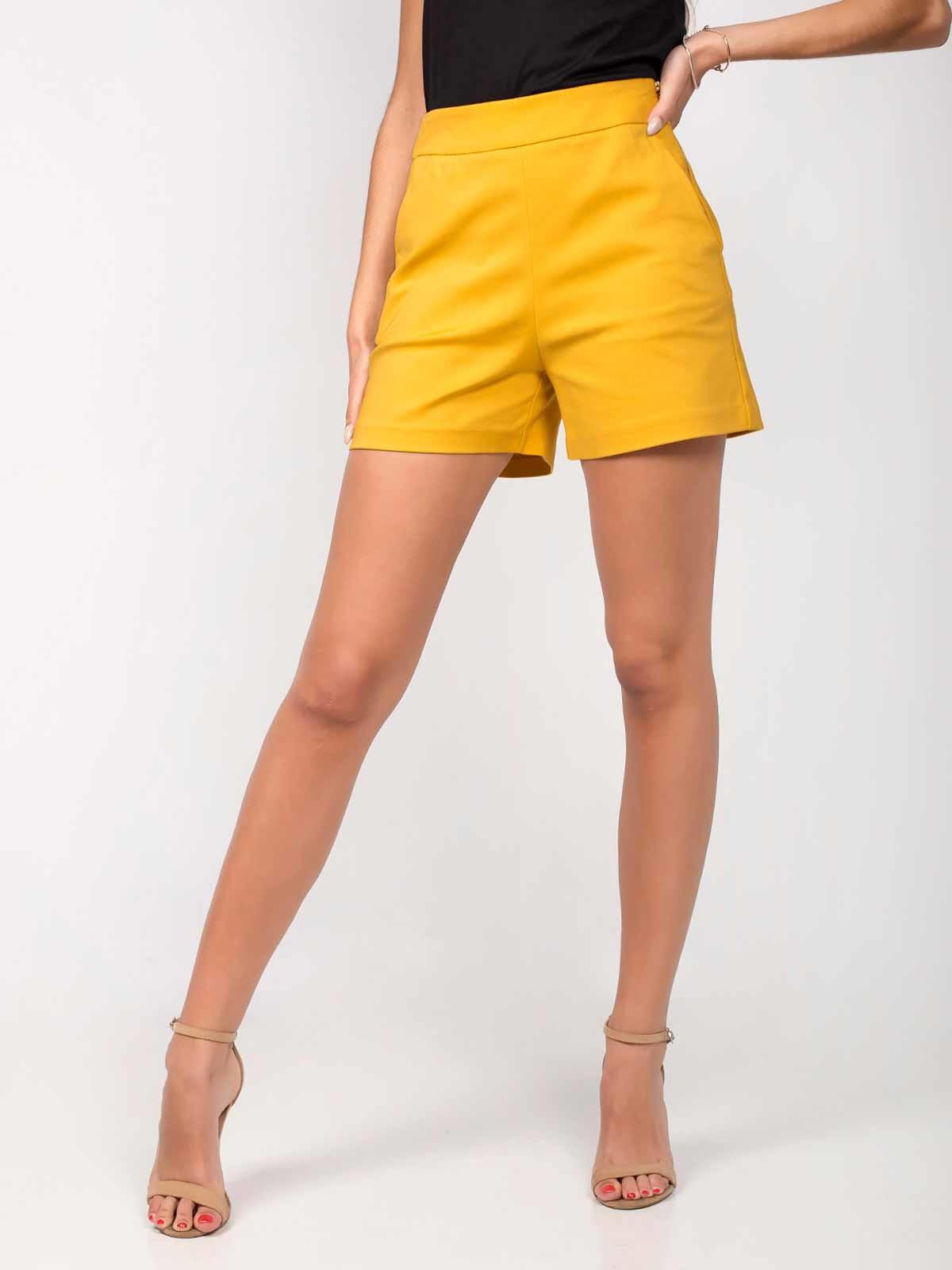 Shorts cortos de tela