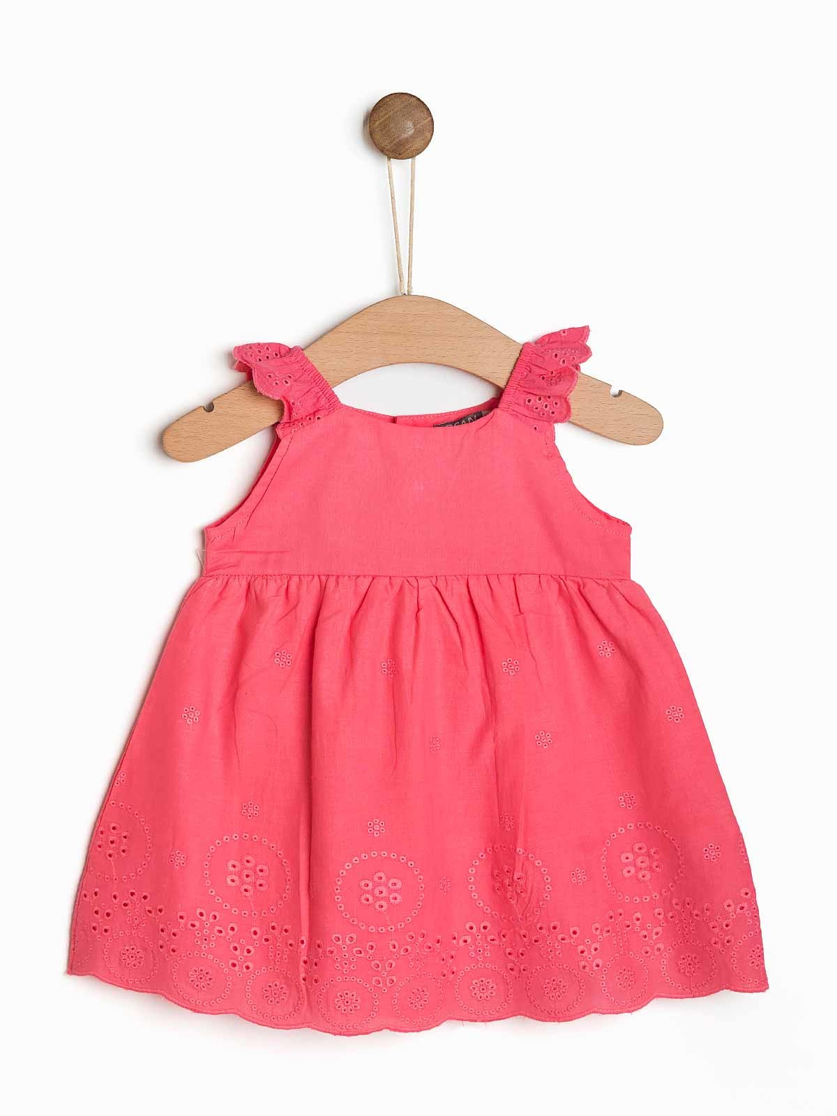Vestido de bebé bordado com cueca