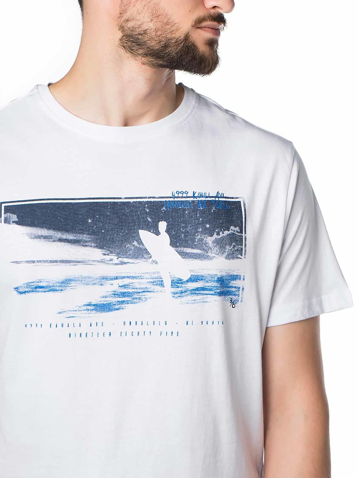T-shirt manga curta estampada surfista