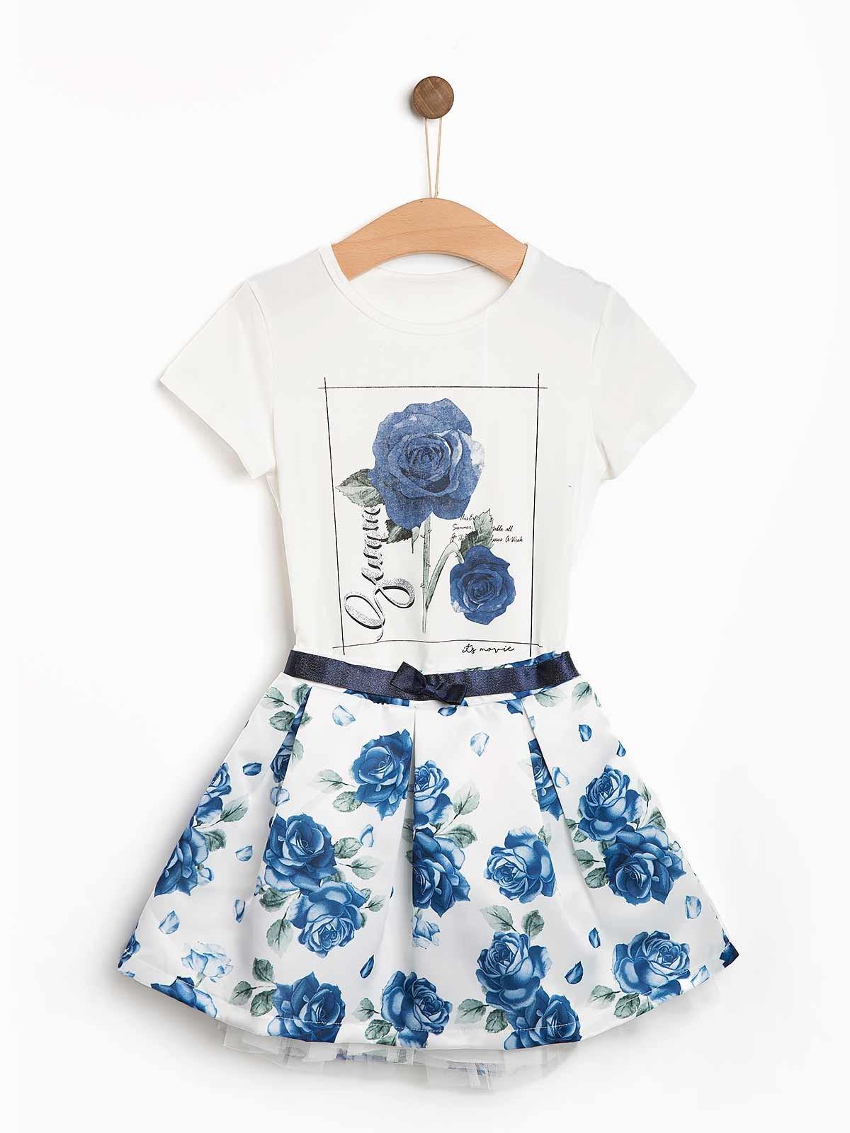 Conjunto saia t-shirt com rosas